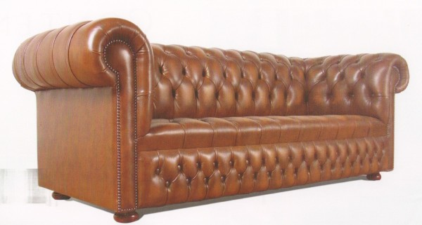 Chesterfield traditional buttoned seat